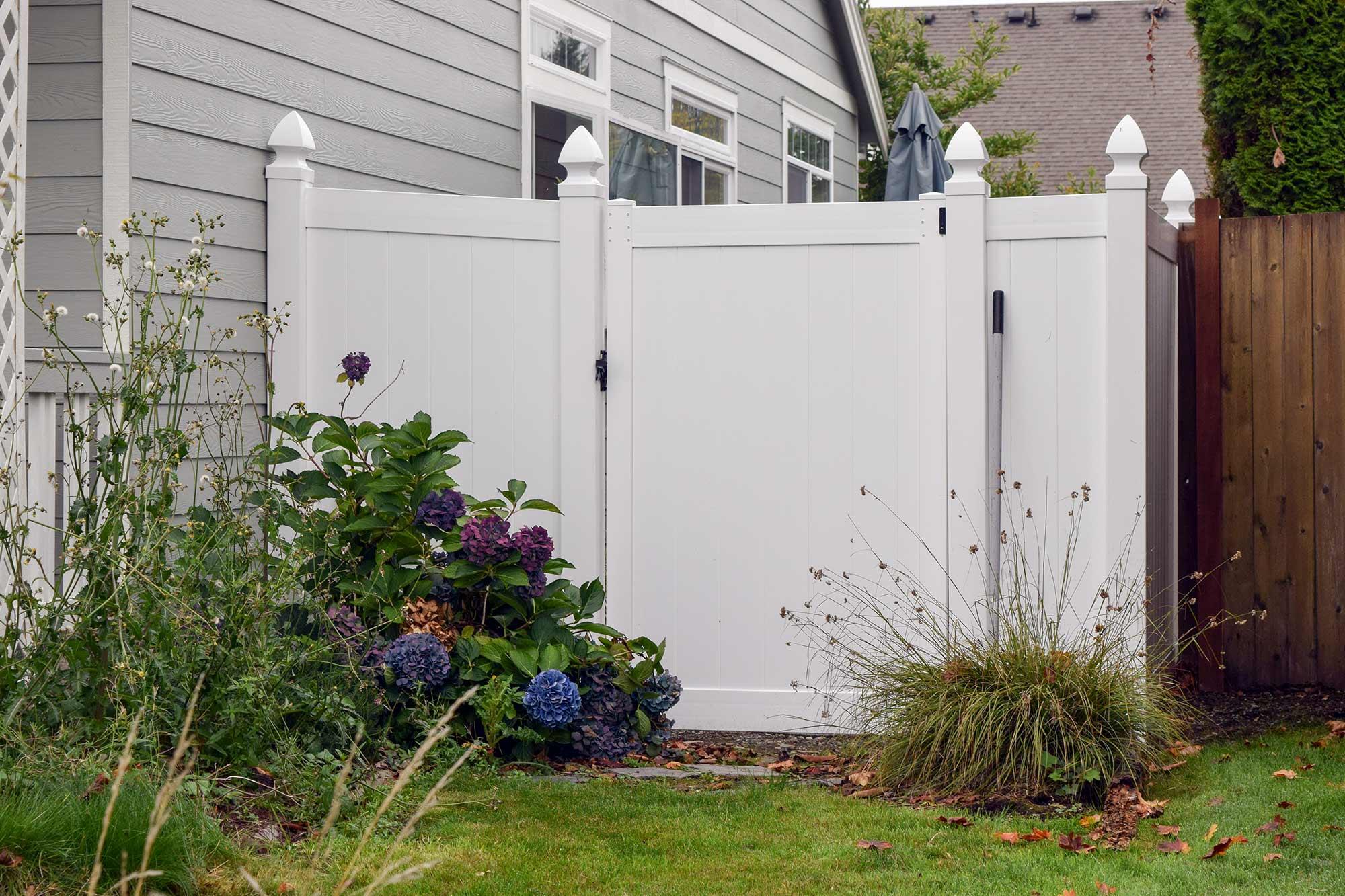 Vinyl fence installation dupont ajb landscaping