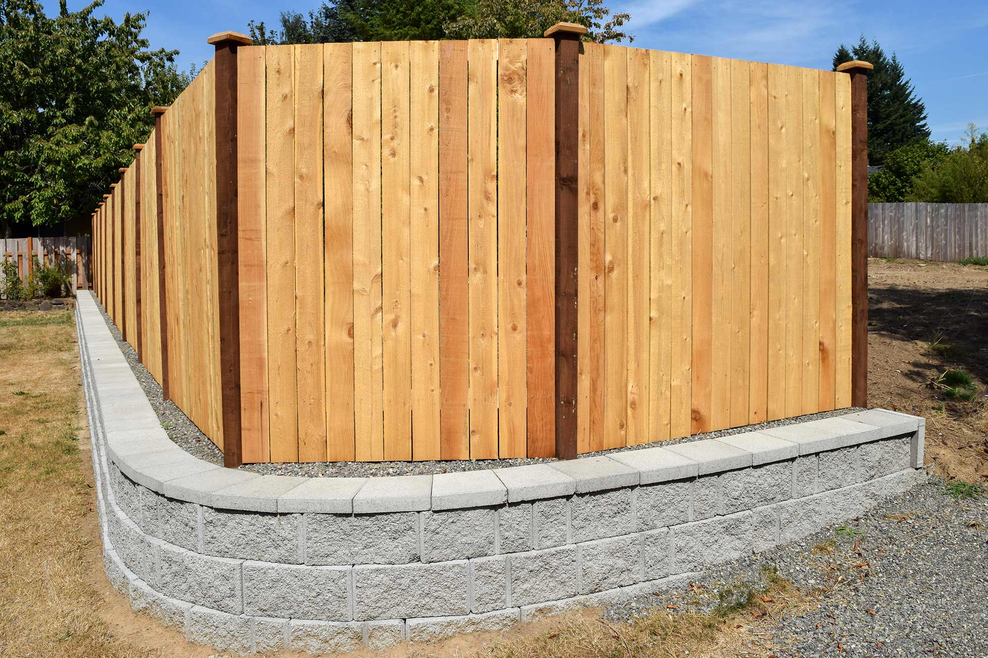 Retaining Wall Fence With Pvc