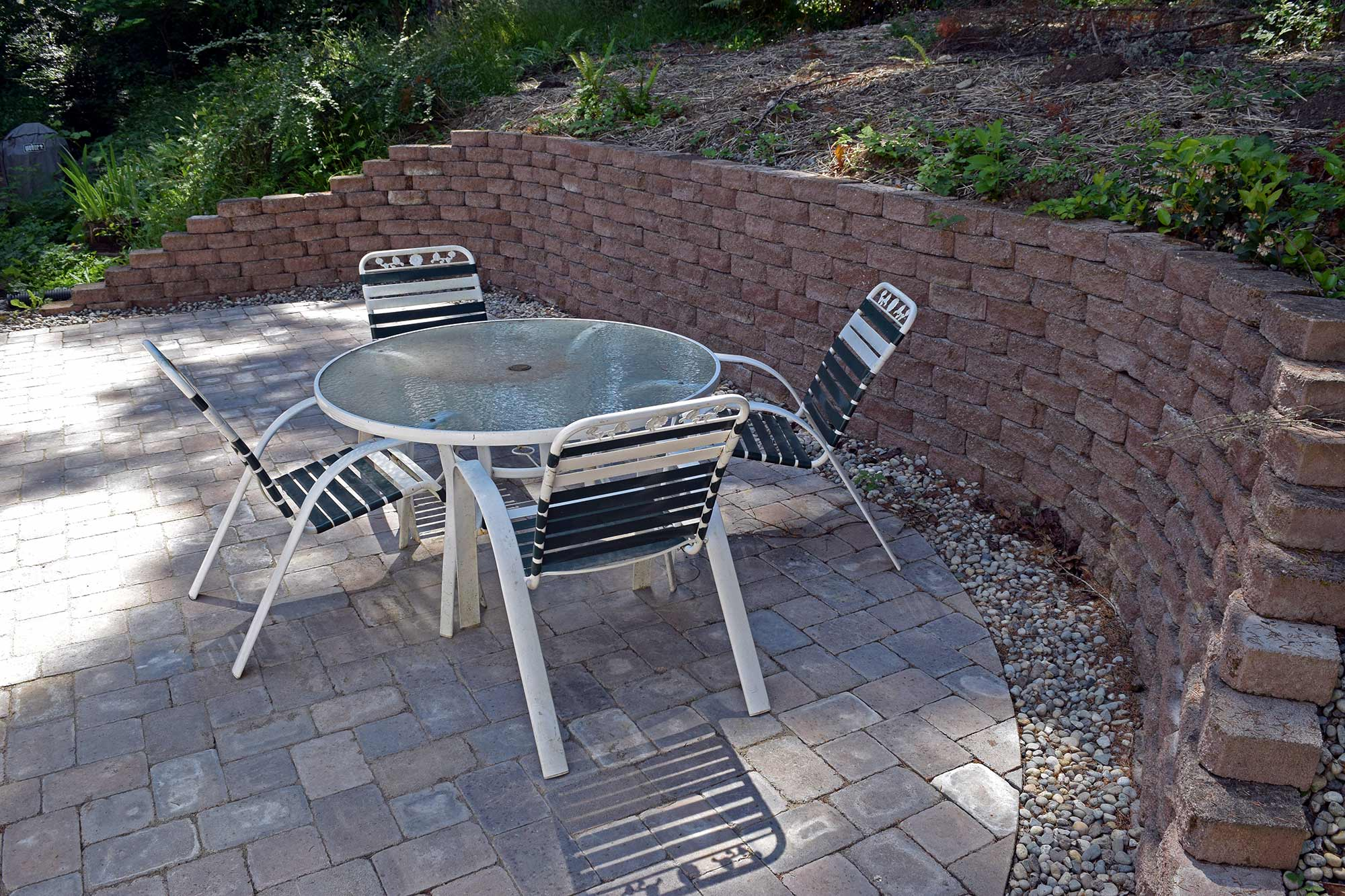 Finished Paver Patio And Retaining Wall Finished Paver Patio And Retaining  Wall ...